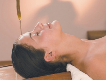 Essential Ayurveda Shirodhara Body Therapy Pic